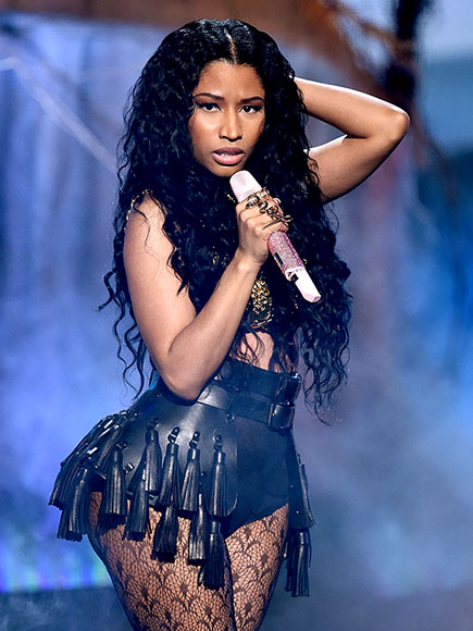 Nicki Minaj's 'Anaconda' Backup Dancer Bitten by Snake During VMA Rehearsal