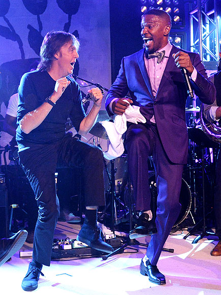 Paul McCartney Dances with Jamie Foxx in the Hamptons