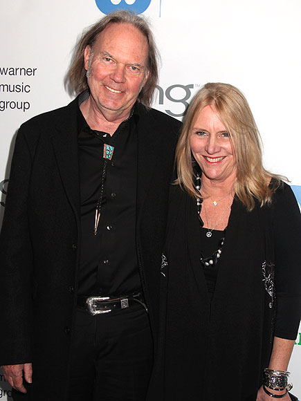 Neil Young Divorcing Pegi Young