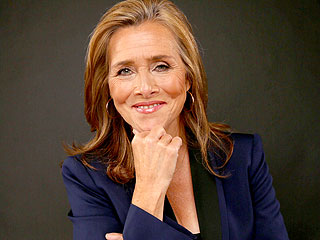 Meredith Vieira Reveals Past Abusive Relationship – and Why She Stayed (VIDEO)