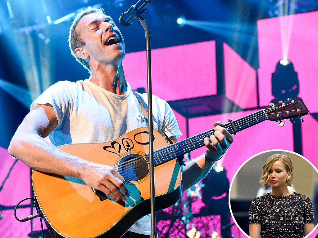 Jennifer Lawrence Joins Chris Martin Backstage After Coldplay Concert in Las Vegas
