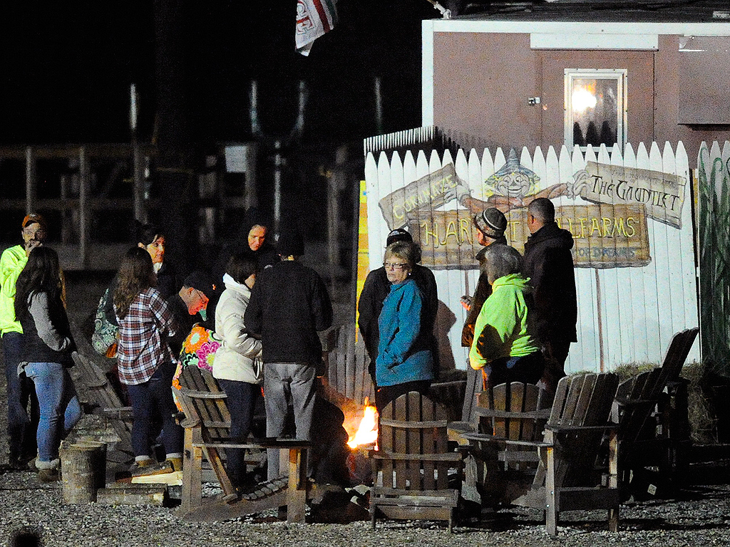 Halloween Hayride Accident in Maine Kills Teen, Injures 22