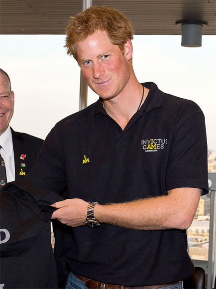 Prince Harry Spotted Kissing Mystery Blonde