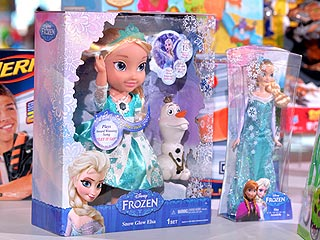 Frozen's Elsa Bumps Barbie from Top of Girls' Christmas List – for the First Time in 11 Years