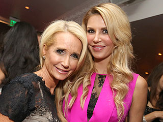 RHOBH: Brandi Glanville & Kim Richards Go Undercover to Stalk an Ex
