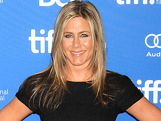 PEOPLE Magazine Awards: Jennifer Aniston Wins Movie Performance of the Year – Actress