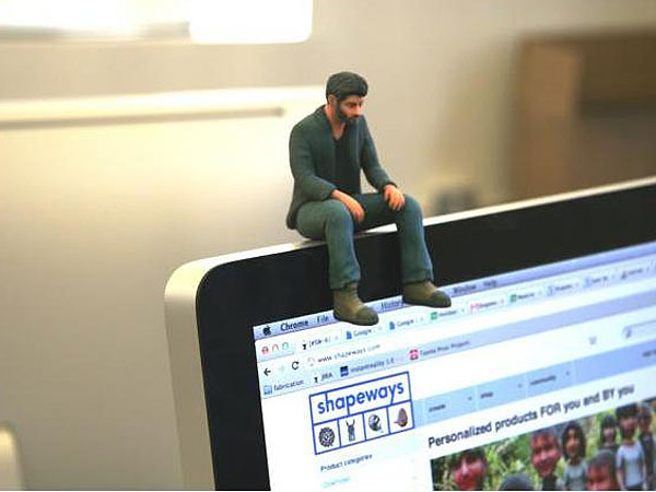 Sad Keanu Reeves Figure Produced By 3D Printing Site Shapeways