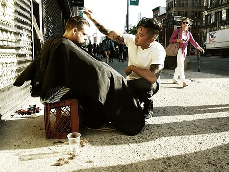 Mark Bustos, NYC Hairstylist, Gives Haircuts to Homeless