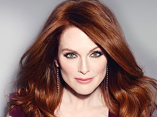 Julianne Moore's Never Going Blonde (or Trying a Juice Cleanse) Again