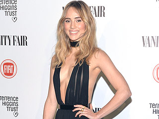 How Supermodel Suki Waterhouse Got Her Toned Abs
