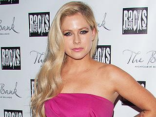 Avril Lavigne: I'm Not in Rehab