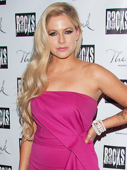 Avril Lavigne: I'm Not in Rehab - Rehab, Health, Music News, Avril ...