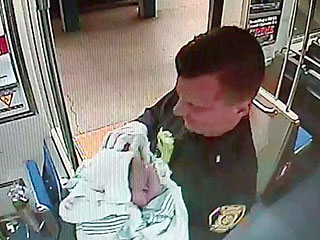 Philly Transit Officers Deliver Baby on Subway Christmas Day