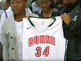 Girls' Basketball Team Kicked Out of Playoffs for Wearing Breast Cancer Colors