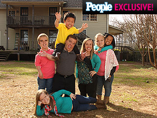 Watch This Dad's Awkward Sex Talk on TLC's New Show 7 Little Johnstons