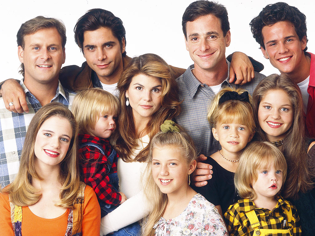 Full house coming back to tv john stamos confirms for Classic house voices