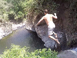 Tom Brady Gets Serious Air in Cliff Dive: 'Never Doing That Again' (VIDEO)