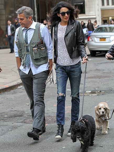 Amal and EINSTEIN!!! (and a blonde pooch) visit George on set, 4-12-15 - Page 2 Amal-clooney-2-435