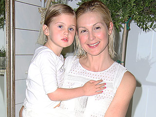 Judge Rules Kelly Rutherford Can't Bring Kids Back to the U.S. from Monaco Yet