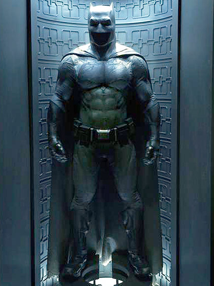 Batsuit Revealed Ben Affleck Batman v Superman Batsuit