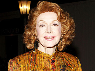 Actress Jayne Meadows Dies at 95