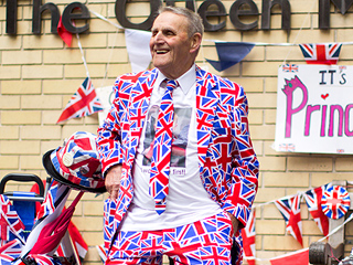 Everyone Has a Theory About the New Royal Baby Outside St. Mary's Hospital
