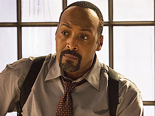 The Flash: Jesse L. Martin Talks Barry's 'Huge Decision,' Teases 'the Gist of the Finale'