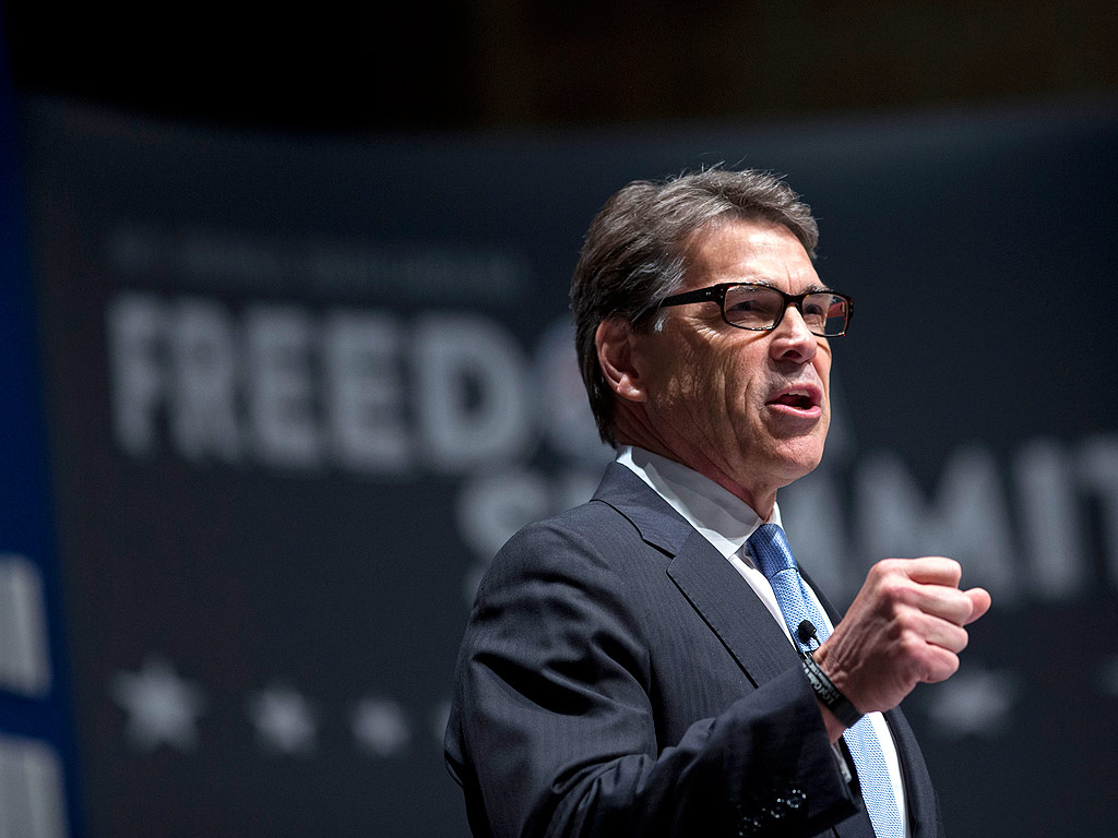 Rick Perry Stops Paying His Campaign Staff in South Carolina
