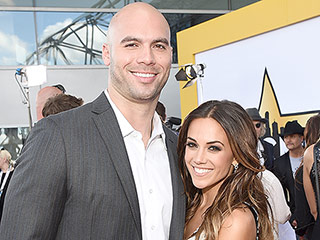 Surprise! Jana Kramer Marries Michael Caussin
