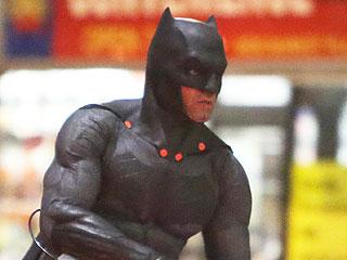 Is That Ben Affleck Battling the Joker on the Suicide Squad Set?