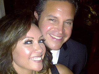 Vanessa Williams Ties the Knot with Jim Skrip