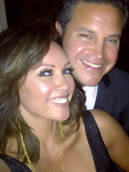 Vanessa Williams Marries Jim Skrip