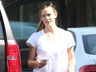 Jennifer Garner's Sweet Day Out with Her Kids: Mani-Pedis and Legoland