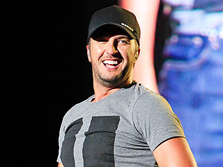 Luke Bryan to Hold Exclusive Concert to Celebrate New Album Release – All the Details