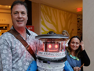 RIP HitchBOT: Hitchhiking Robot Destroyed in Philadelphia During US Tour