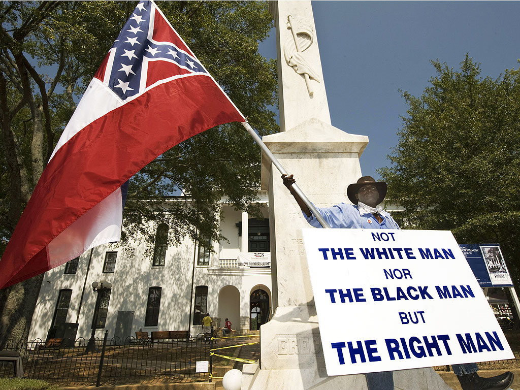 Mississippi Authorities Probe Crash That Killed Black Confederate Flag Advocate