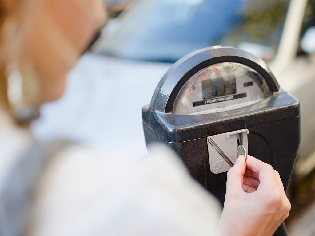 Facebook Users Feed Parking Meter for Mother With Sick Baby