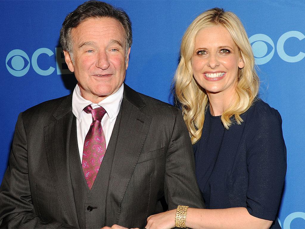 Robin Williams: Sarah Michelle Gellar Honors TV Dad on Instagram