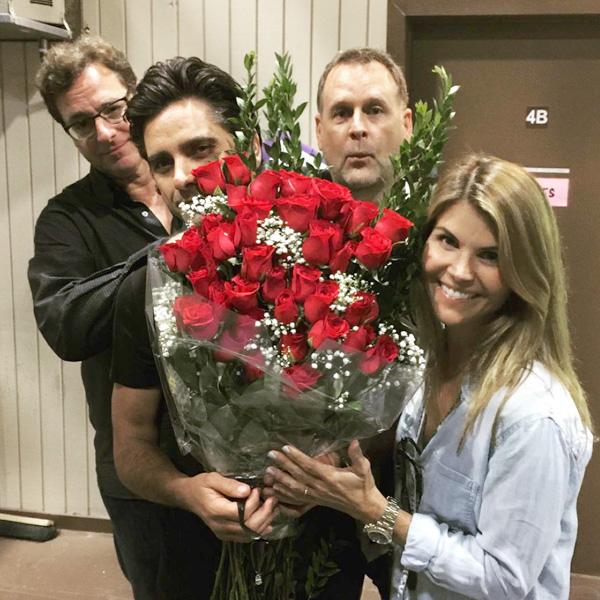 Lori Loughlin Celebrates Birthday With Fuller House Cast