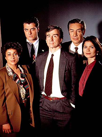 Law & Order: Early Cast Remembers NBC Show for Anniversary