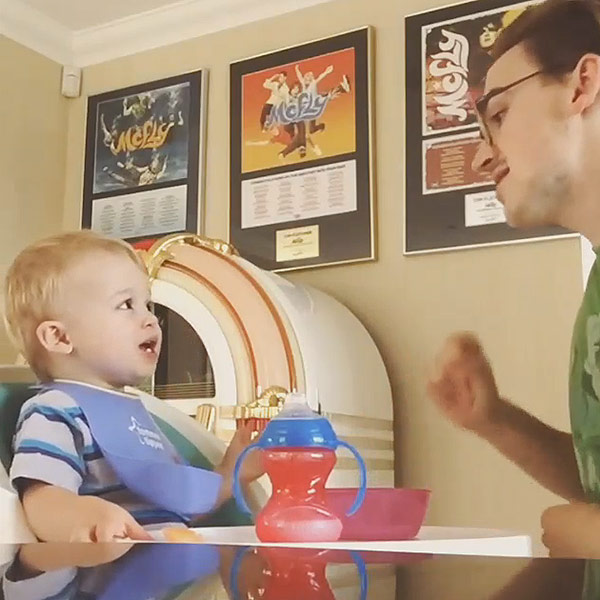 Video: Tom Fletcher Sings With Baby Buzz