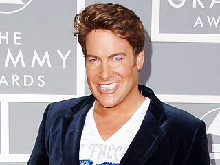 Canadian Television Host Chris Hyndman Has Died at 49