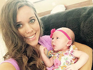 Jessa (Duggar) Seewald Spends Quality Time with New Baby Niece