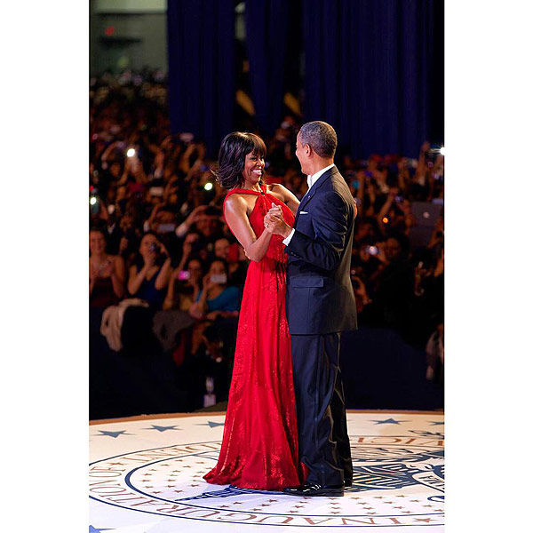 Michelle Obama Wishes President Obama Happy Birthday on Twitter