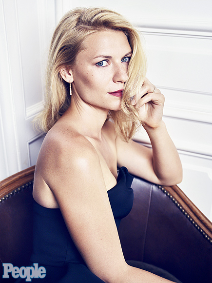 Claire Danes Sounds Off Hollywood Body Bullying, Relates to Lena ... Claire Danes
