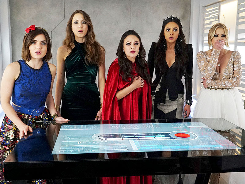 Pretty Little Liars Finale: The Best Reactions to the Charles Reveal