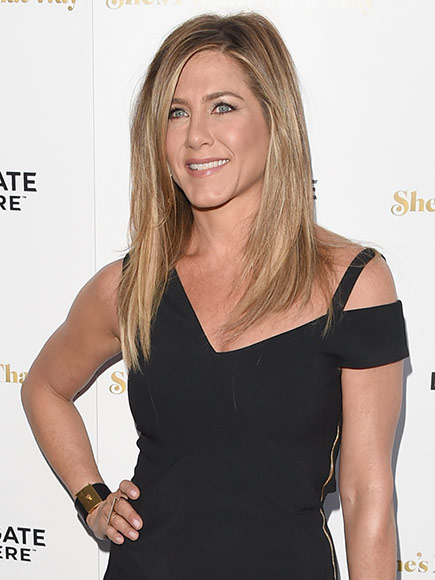 Jennifer Aniston Walks Red Carpet for She's Funny That Way Premiere