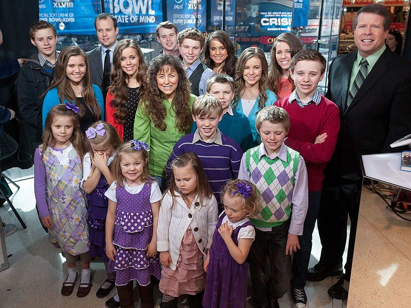 19 Kids and Counting Star Jim Bob Duggar Exposed as 'Dictator' of 'Duggarville'