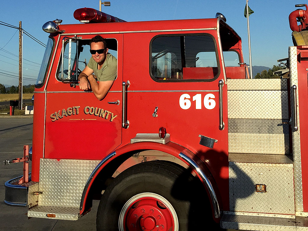 Washington State Man Buys Fire Truck, Helps Fight Massive Wildfires