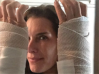 Brooke Shields 'Relieved' After Carpal Tunnel Surgery on Both Wrists, Shows Off Bandages: PHOTOS